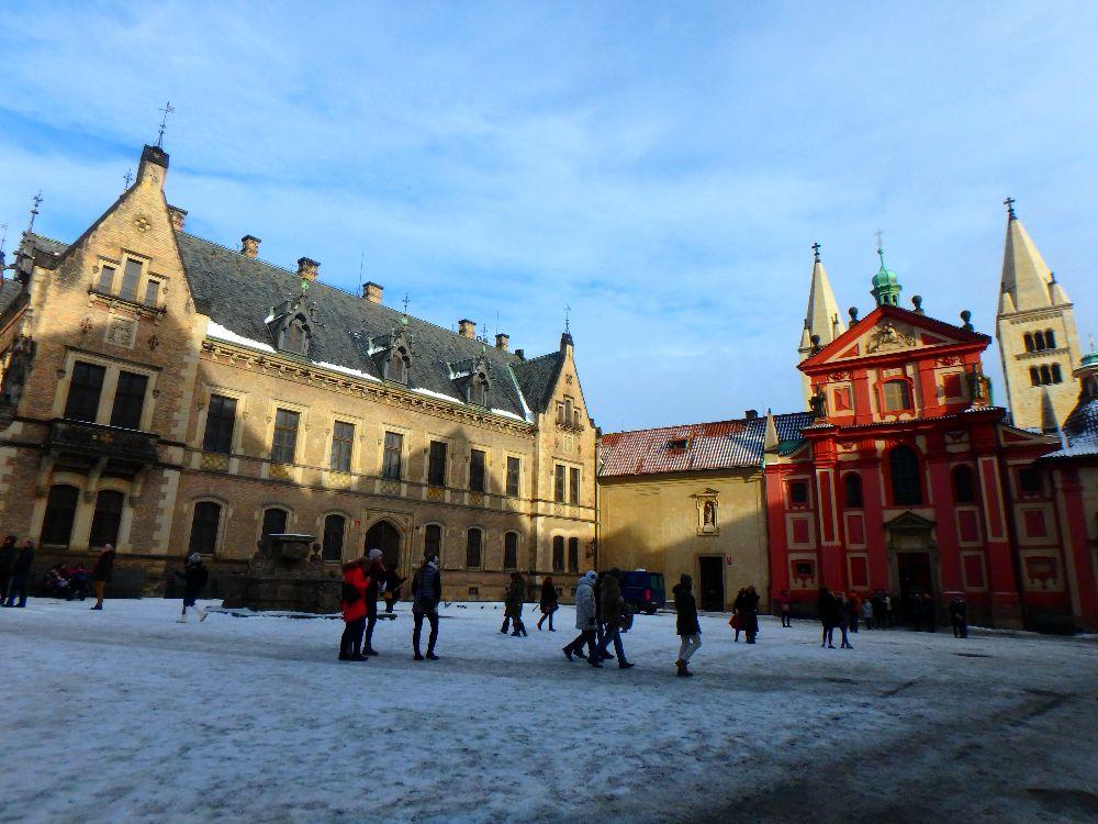 La place du Chateau de Prague, Hradcany