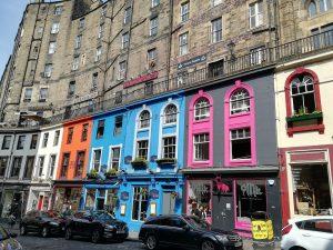 La ruelle colorée de Victoria Street à Edimbourg