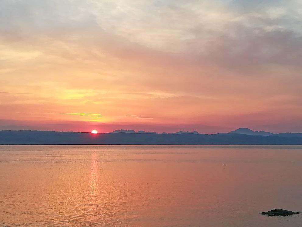 Un coucher de soleil à Mallaig en Ecosse