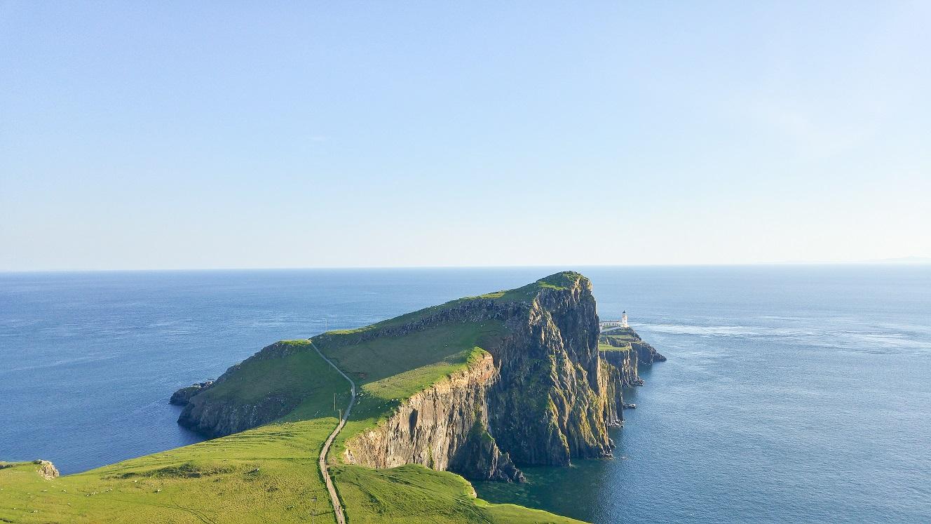 le phare de Neist Point sur l'île de Skye, au bout de la péninsule