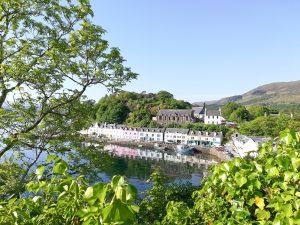 Le village pittoresque de Portree sur l'Ile de Skye