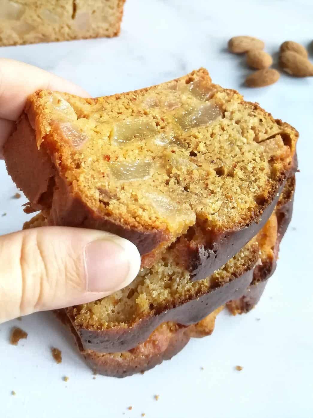 cake poires, amandes et miel
